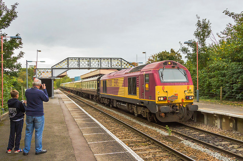30th Sep 2017:  A rather crap weather morning for Pathfinder Tours 'The Torbay & Dartmouth Explorer' tour from Reading to Kingswear poweered by 67030 stopping at Warminster.   Nothing very special but after my crash in 13th July I have only now been able to get a another car and drive myself to the line for a fot.  So a very special day for me.