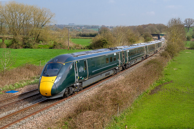 14th Apr 2018:  Dashing down round the curve through Great Cheverell are 800025 & 800006 as they work 1B40 the 13.00 Paddington to Swansea