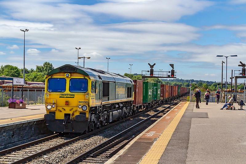 2nd Aug 2018:  The Thursday Southampton  Maritime Container Terminal to Bristol FLT runs through Platform 1 at Westbury.