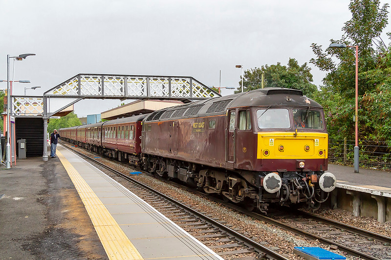 15th Aug 2018:  The Cathedrals Express from Alton to Paignton is 24 minutes late as it runs though Warminster.  Powered Top n Tail by 47804 & 47580 1Z62 left on time and actually was 3 minutes early at it's destination.  The platform edge has been replaced and raised, very nice, bu the morons who left the asphalt in such a dangerous state should be frucified.  It is rough and VERY uneven and presents a serious danger to any one who suffers from any form walking difficulty. I am speeking from experience !