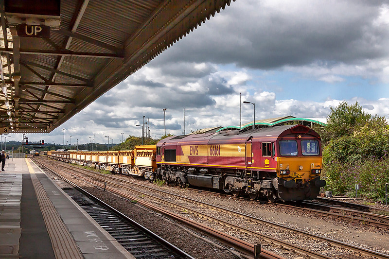 29th Aug 2018:  66161 with several sets of side tippers at Westbury.  A 590 can be seen in the distance with the 12.30 stone train for Wootton Bassett.