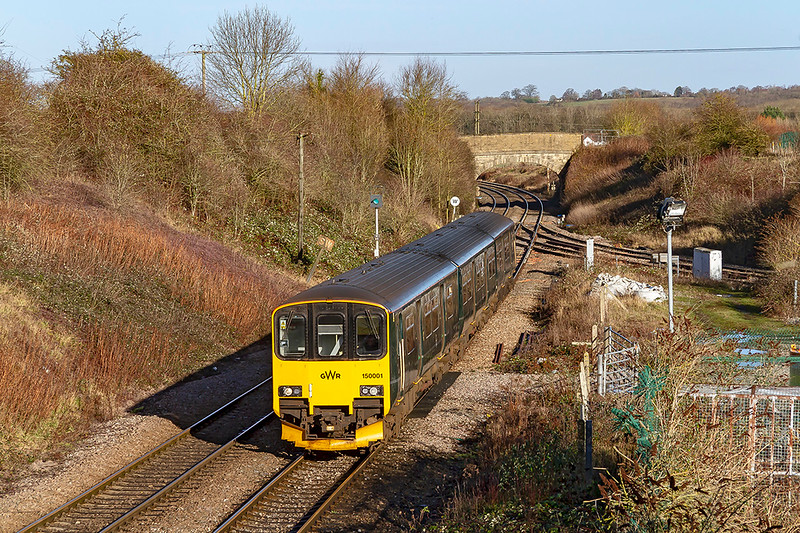 19th Dec 2018:   Flat Face 150001 has just crossed the junction at Hawkeridge as it works 1F11 the 10.30 Cardiff to Portsmouth Harbour.