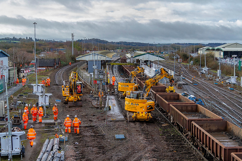 23rd Dec 2018:  Looking West at 10.33 on the first morning ofthe Junction replacement works at Westbury