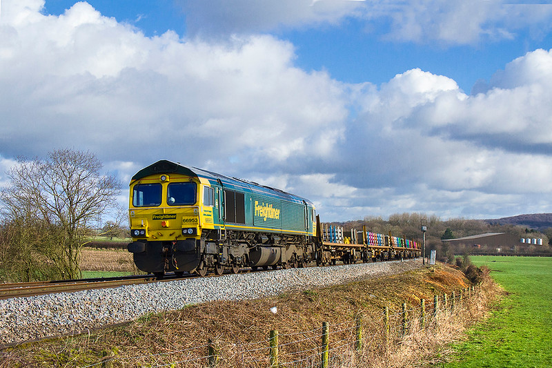 11th Feb 2018:  The track side between East Somerset Junction and Bruton has been cleared opening up this shot at Bunns Lane again.  66953 is leading on 6X04 the Track Replacement Train returning to Fairwater Yard from Didcot East Junctio.  66511 was on the other end.