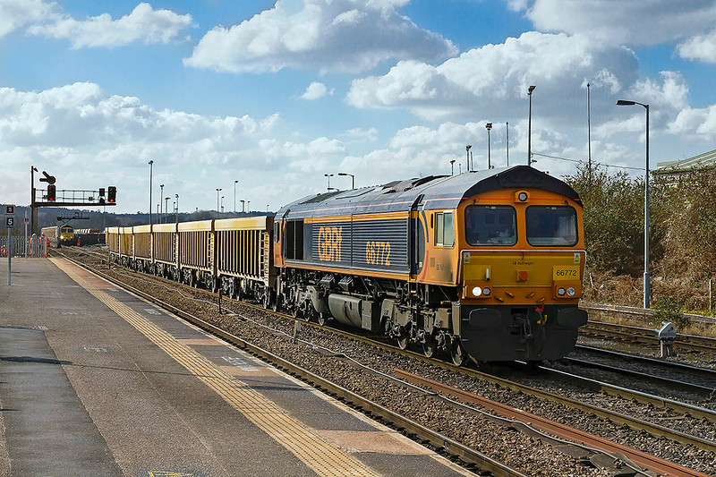 28th Feb 2018: 66772 is in the Up Loop at Westbury as it gets underway with 6M40 to Stud Farm.  In the distance is 66555 which has just arrived with 6C72 from Fairwater Yard in Taunton