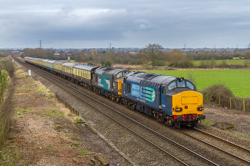19th Feb 2018: An unexpected bonus was the re-routing of 5Z98 from  Gloucester to Eastleigh to run via Salisbury. With this powered by 37259 & 37069 and 6M46 powered by 66727  paasing through the Westbury area about  an hour apart a local shot from the recently cleared  Church Road bridge in Heywood seemed to be the answer.