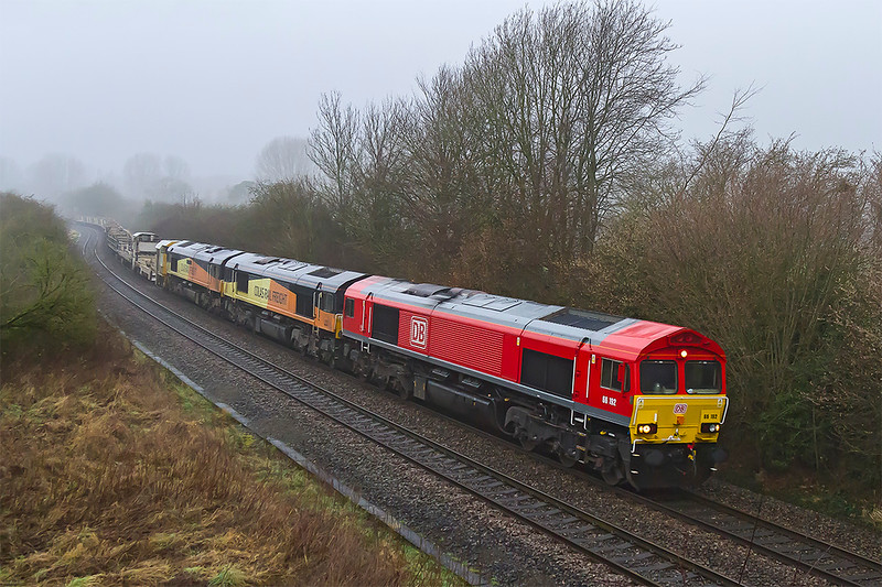 9th Jan 2018:The posting of an interesting consist on the morning departmental to Eastleigh from Westbury made me decide to go out on a very crap day.  Pictured at Sherrington is 6O41 powered by 66192 with an empty LWR set.  Tucked inside are Colas pair 66847 & 66850.
