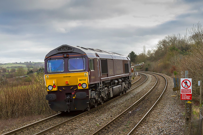 22nd Jan 2018: 0Z33 from Eastleigh to Eastleigh via Reading,Swindon and Westbury is captured climbing through Dilton Marsh.  Limited to 64 miles per hour and with no booked stops I wonder why this loco had to make this trip.  This end is clean but the same was not true of the front end.