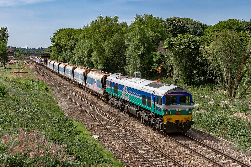 25th Jul 2018:  Leaving Westbury in the hands of 'Alan J Day' 59002  is 7B12  from Merehead to Wootton Bassett