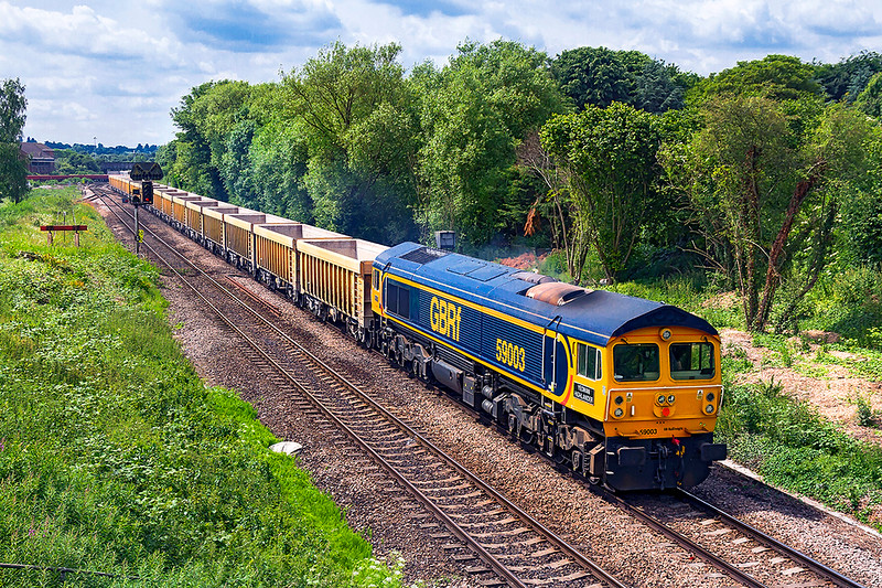 13th Jun 2018: My third picture this week of the famous 59003 'Yeoman Highlander' back on it's home turf but heading to Leicestershire.  6M40 is taking the IOAs to Stud Farm to be refilled with ballast to top up the virtual quarry at Westbury