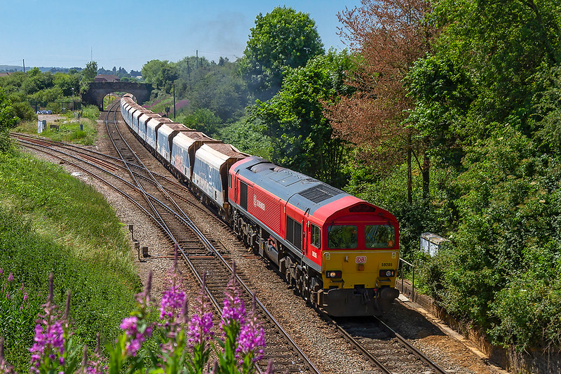 27th Jun 2018:  Passing. Hawkeridge Junction, that opened in July 1942, is 59206 as it works 7B12 from Merehead to Wootton Bassettt