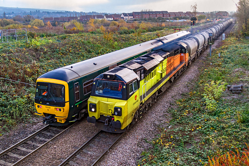 15th Nov 2018:   Not the shot that I had pannned because 165132 forming 2M11 from Swindon was held as it wanted to use Platform 2 through which 70815 heading  6C36 from  Moorswater to Aberthaw was passing .  This train will revert next week to going the normal way via Bristol after the  lines closed for quadrupling north of Bristol are reopened.
