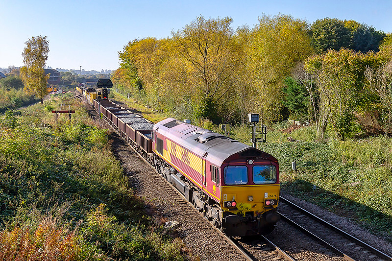 21st Oct 2018:  At Hawkeridge Junction 66078 is on the rear of 6X07 from Filton Abbey Wood to Westbury.  leading is 66149