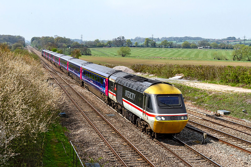 19th Apr 2019:  Racing over the junction at Fairwood is 43185 'Great Western' in Inter City livery.  Starting from Penzance ay 09.00 1A82 is due to get to Paddington at 14.06 and then return to Penzance.    Less than a month to go now before this will become a thing of the past.