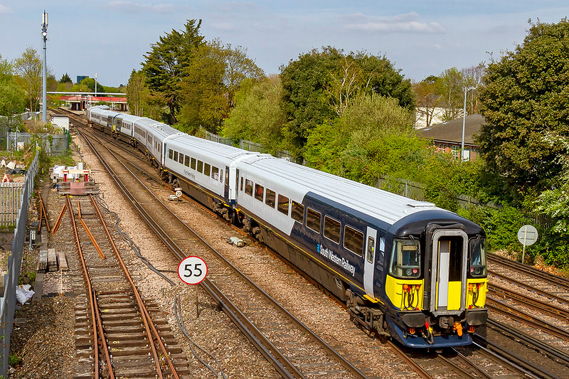 18th Apr 2019:  A 12 coach snake at St Denys.5Q31 is working from Bournemouth Depot to Fratton Depot. With 442411 leading 442408 they are pictured snaking across to take the Porsmouth line at St Denys