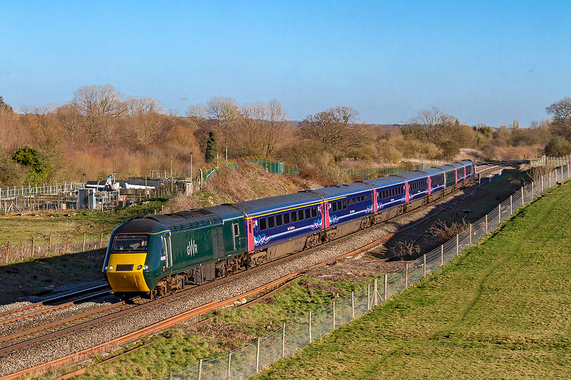 17th Jan 2019:  For how much longer will it be possible to photograph a full length HST on a Great Western main ;line ?  Racing through Hungerford 43153 is on the front of 1C81 the 12.33 to Taunton from Paddington