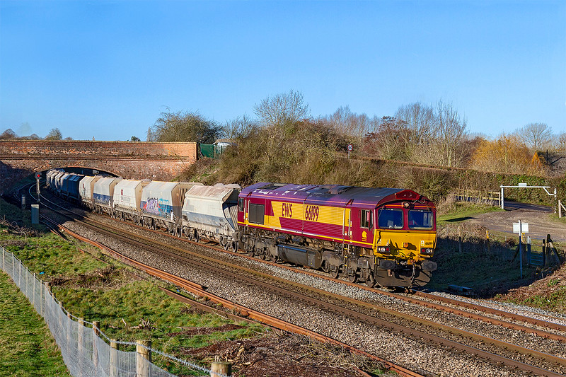 17th Jan 2019:  A surprise STP was 1Z20 the 09.37 from Whatley to Acton,  With 66199 on the point it is pictued as it runs through Hungerford Common