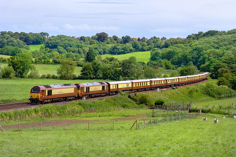 1st Jun 2019:  Captured at Freshford in the Avon Valley are 67021 & 67024, both in 'Belmond British Pullman ' livery, working 1Z79 from Penzance to Bath Spa.