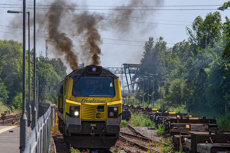 27th Jun 2019: 70003 is opening up in the loop behind the platform at Redbridge as it starts 4M65 that goes to Lawley Street from Southampton Maritime Container Terminal.  This is one of several services that are routed via the Laverstock,Loop  and Andover to get to Basingstoke rather than running via Eastleigh.