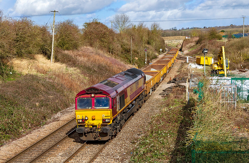 10th Mar 2019:  Nearing the end of it's journey at Hawkeridge Junction is 66059 working 6W03 the 09.25 from Landor Junction to Westbury