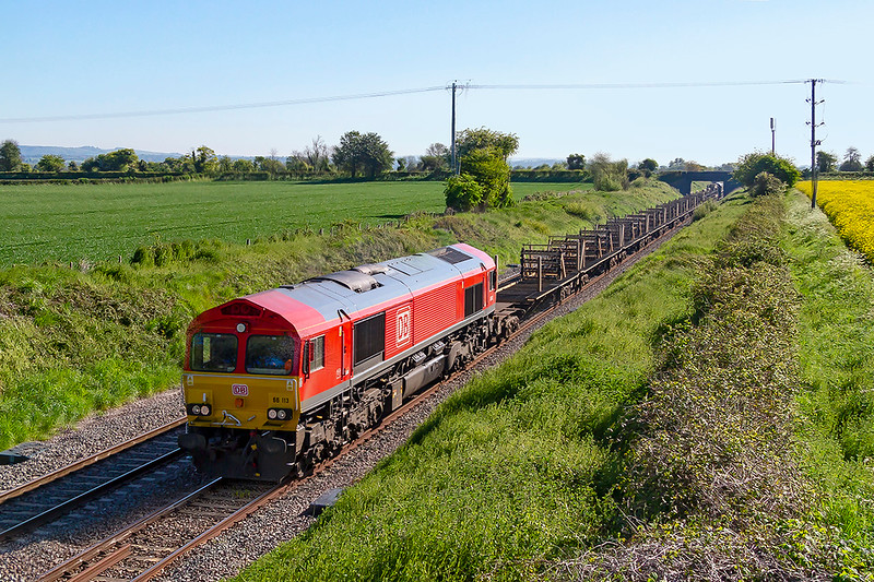12th May 2019:  66113 is at Edington as it works the empty LWR from Oxford Banbury Road to Westbury. It had stated 108 minutes early and despite a number of protracted signal stops it was still 108 minutes earlet at this point.
