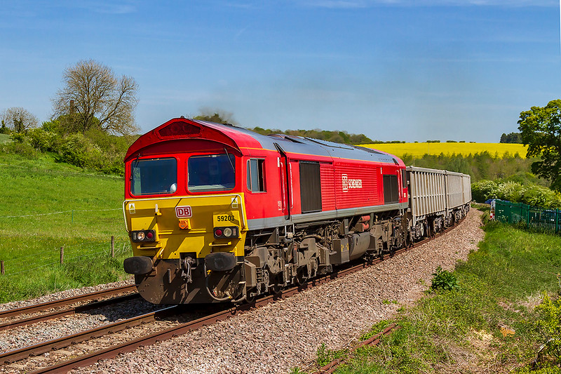 13th May 2019:    59203 on the point of 7C77 from Acton to Merehead rounding the curve through Crofton