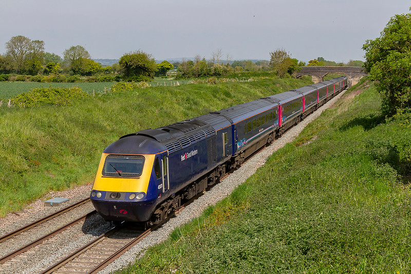 15th May 2019:   In the last week of GWR HSTs on long journey expresses 43071 is at the helm of 1C82 the 13.03 from Paddington to Plymouth,  Pictured as it runs along the Berks & Hants line through Edington
