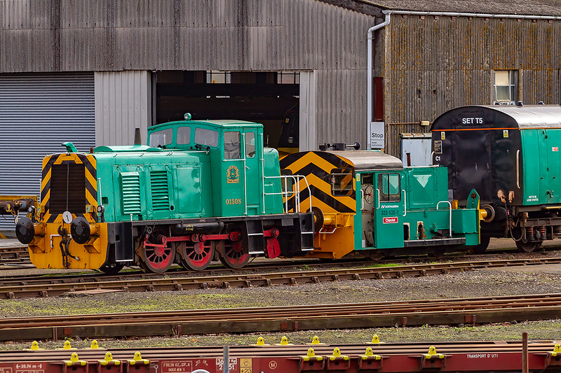 16th Oct 2019:  Two shunting locos in Arlington Green livery are  01508 made by Ruston & Hornsby in 1961 and 323-539-7 'Cheviot'.which has been imported from Germany.