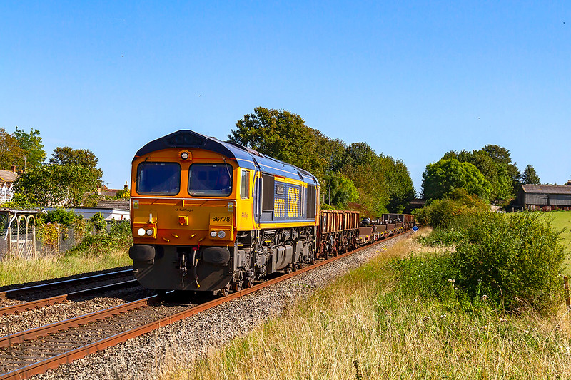 17th Sep 2019:  Pictured as it runs through Wylye is 66778, the last real new build 66, which is powering 6V44 from Marchwood MOD to Kineton MOD