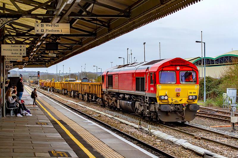 19th Feb 2020:  66150 is shunting a rake of JNAs back into the Up Yard at Westbury