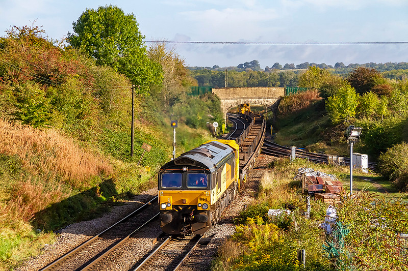 1st Oct 2020:  Blending in very well with the Autumn colours is 66846.  At Hawkeridge Junction it has less than a mile to go to it's destination at Westbury, it is working 6Z99 from Llandeilo Junction that is near Llanelli in West Wales