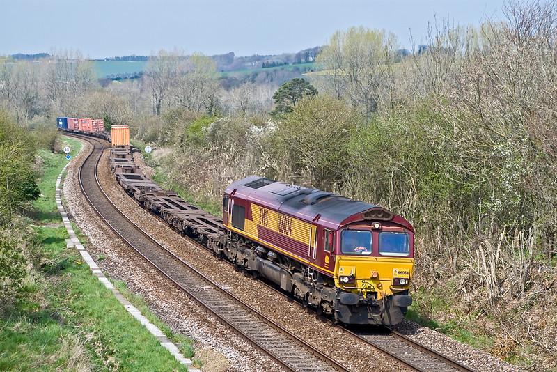 12th Apr 07  66034 on the 4O53 Wakefield Europort to Southampton Intermodal