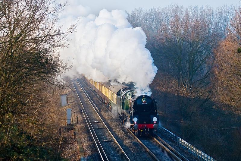 20th Dec 07:  35028 Clan Line runs through Lyne with the Surrey Hills Luncheon Express