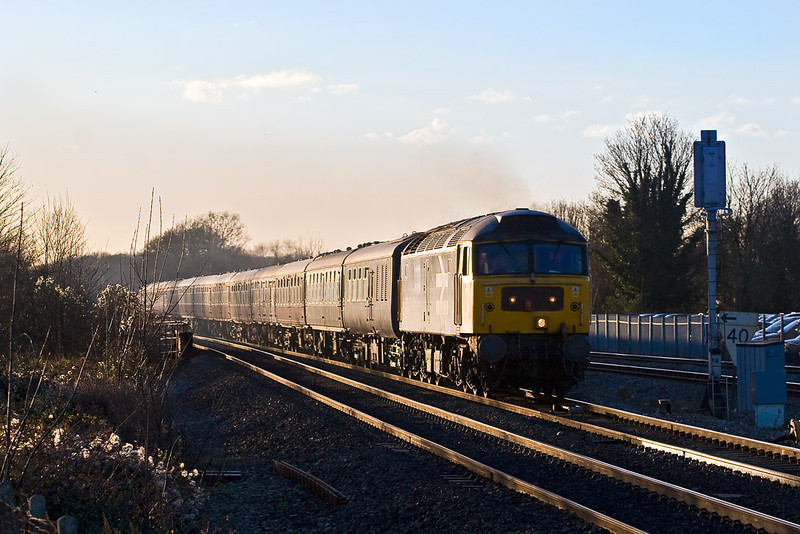 10th Dec 07:  Following Saturday's succesful tour to Barnetby in Lincolnshire the empty coaching stock is reurned to Old Oak Common from Salisbury.  Captured here racing up the Main Line through Twyford is 50049 'Defiance' on 5Z51