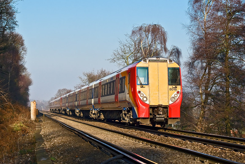 20th Dec 07:  458018 on the climb to Virginia Water at the foot crossing near Stroude Farm