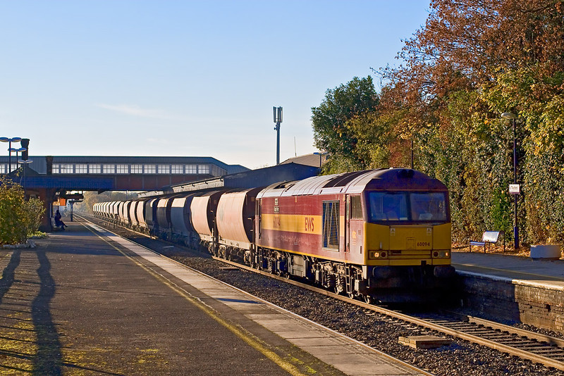 16th Nov 07:  The 6Z20 Whatley to St Pancras produced 60094.  Running 50 minutes late it roars through Twyford