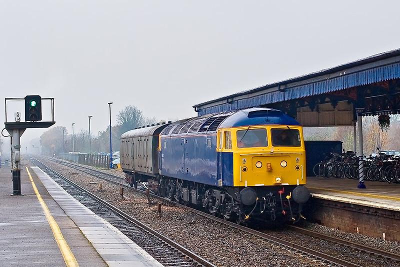 20th Nov 07:  47375 works 5Z51 with a single coach load through Twyford