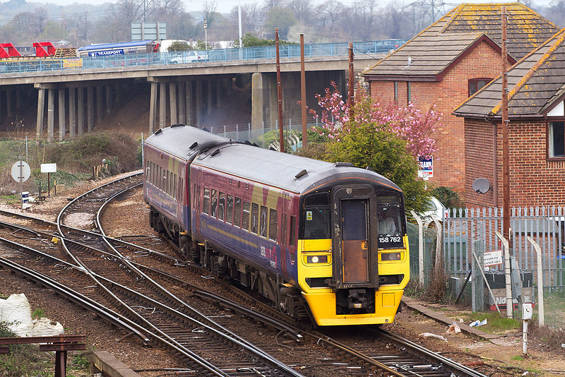 10th Apr 07:  158762 joins the main line at Redbridge with a Cardiff to Portsmouth Harbour service