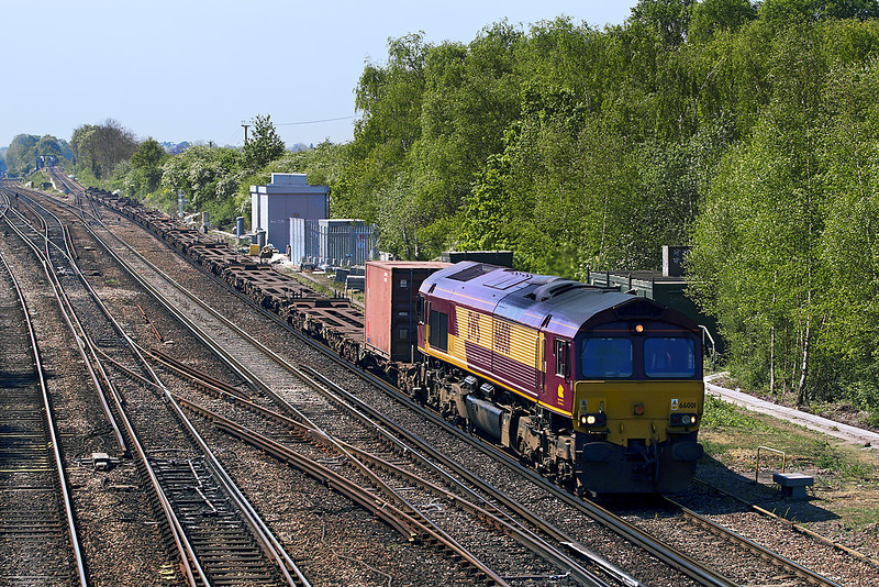 30th Apr:  66001 and 6V38 MOD stores from Marchwood to Didcot