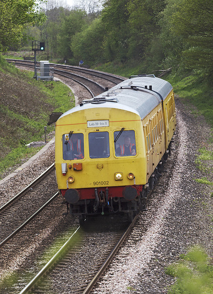25th Apr 07: Test unit 901002 heads north though Silchester