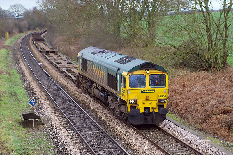 7th Feb 07: 66504 with 5O54 from Leeds