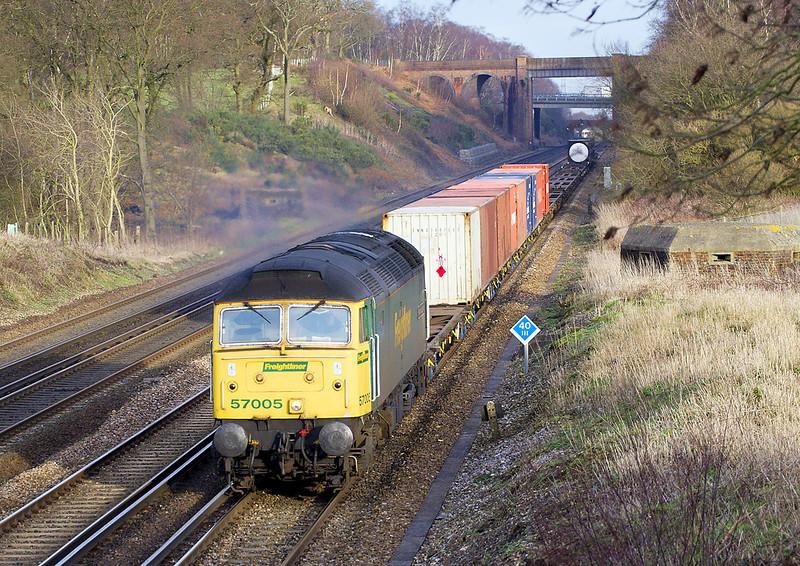 15th Feb 07 : 57005. 4O35 Crewe to Southampton Liner