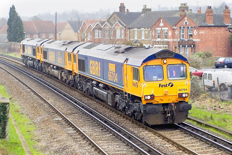 19th Feb 07:  Running as 0Z13 66704/701/706 are heading for Willesden from Eastleigh after use on weekend engineering work.