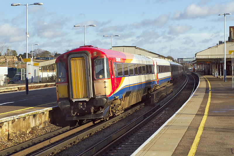 10th Jan 07: It's 12.26 and 442413/419 leave for the coast