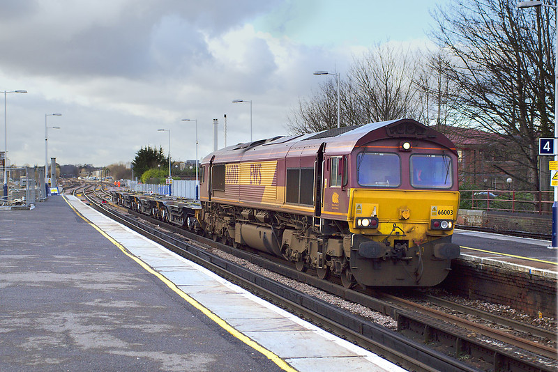10th Jan 07: 66003 enters with 6V39 Ludgershall-Didcot MOD working