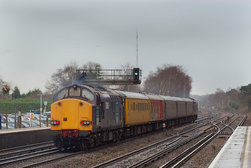 3rd Jan 07: The 2 37s head for Woking