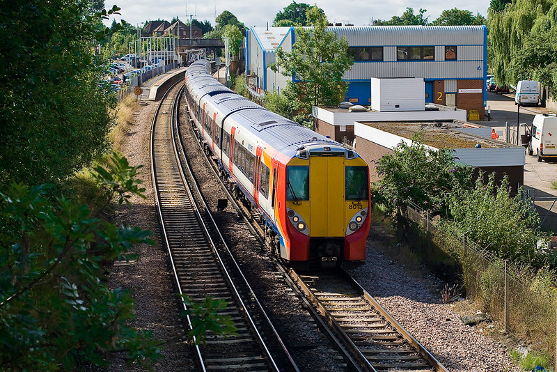 3rd Jul 07  458013 departs from Wokingham for Reading