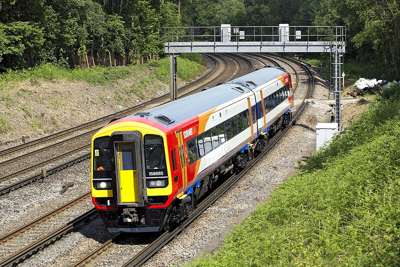 5th Jun 07:  158885 on the delivery journey from Wabtec in Doncaster to Salisbury Depot. Pirbright