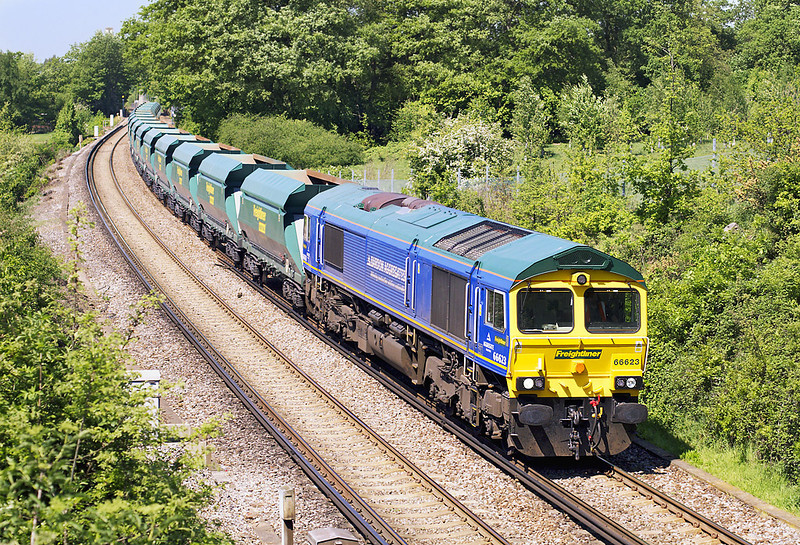 1st May 07:  66623 in Bardon Aggregates livery brings 6O49 Neasden to Wool sand empties through Lyne