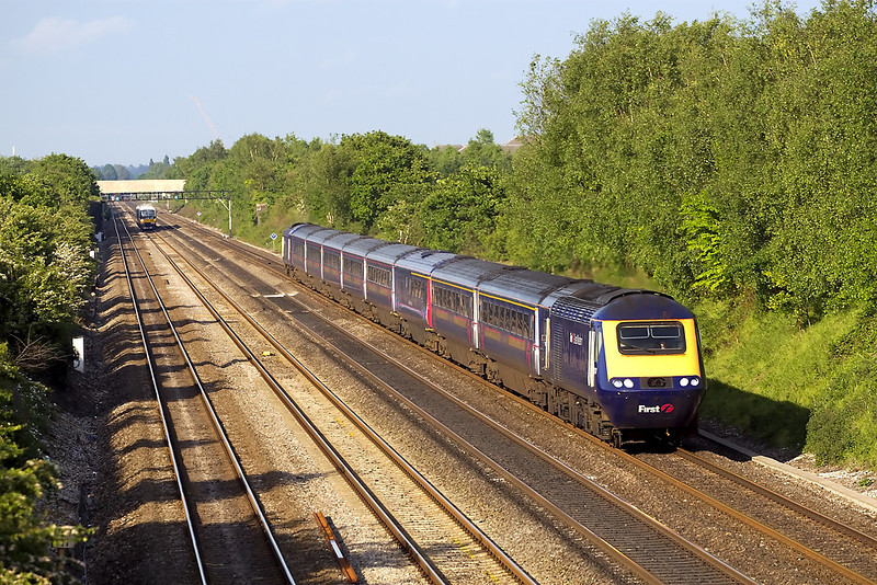 14th May 07: The view East of the Down Main line at Shottesbrooke is rarely seen from this side as the sun does not illuminate it until all the interesting traffic had passed. 43133 on a service to South Wales